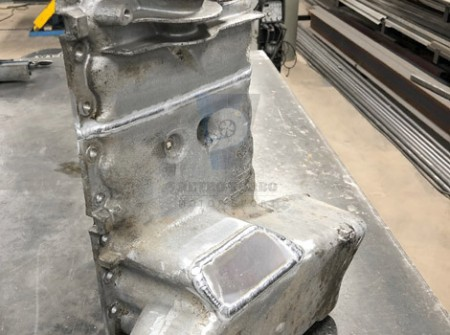 Volvo 240 244 242 solid whiteblock T5 T6 engine mounts required modification of oil pan